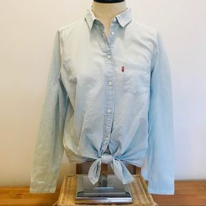 NEW Levi's tie front Chambray Button Down Shirt